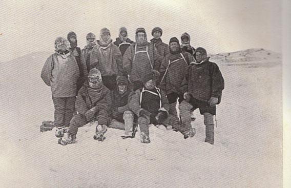 Überwinterungsgruppe Kap Royds (Nimrod) Gruppenfoto