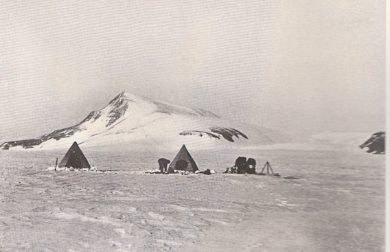 Shackleton Camp unter dem Berg Cloudmaker, Beardmore Glacier