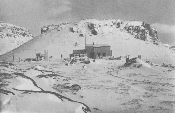 Station der Gauß-Expedition auf den Kerguelen