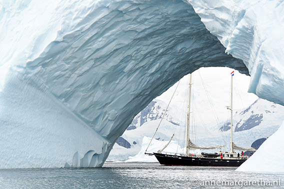SY Anne-margaretha, paradise_harbor_antarctica