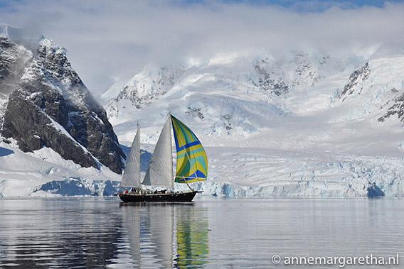 SY Anne-Margaretha in der Antarktis